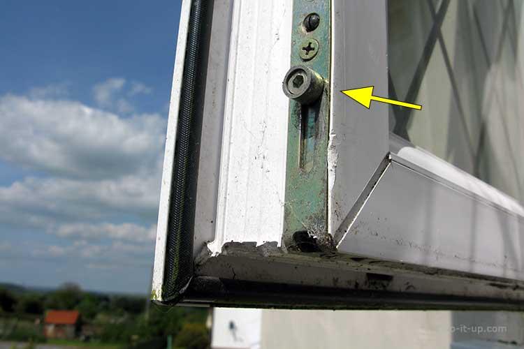 uPVC Window - Shootbolt Roller Cam Lock
