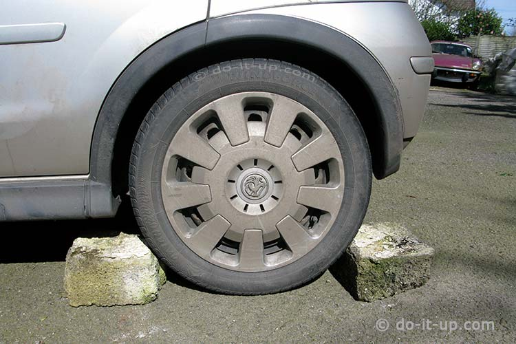 Jacking Up a Vehicle - Wheel Chocks