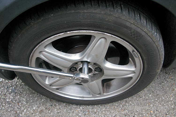Wheel Removal - Undoing the Wheel Nuts