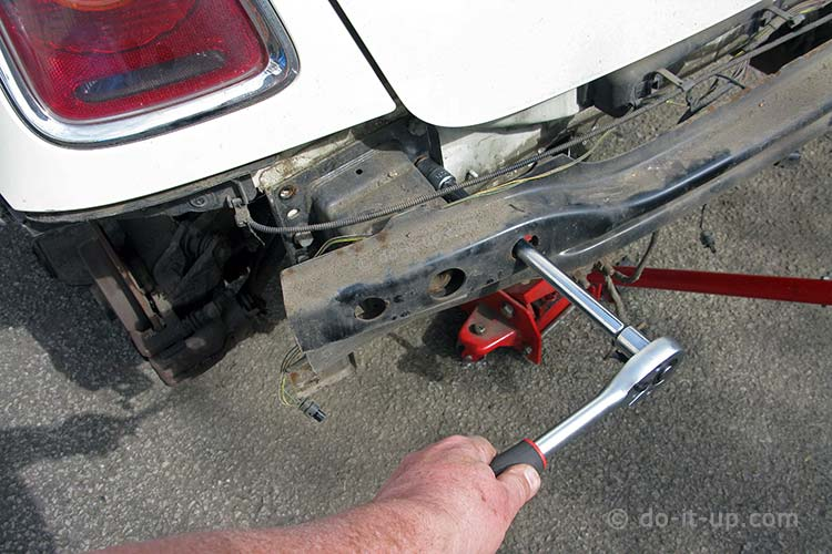 Mini - Undoing the Rear Bumper Fixing Bolts