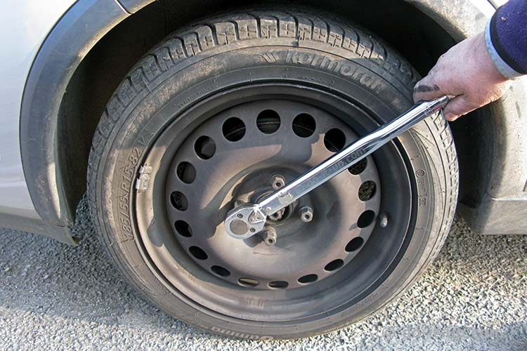Wheel Removal - Doing up the Wheel Nuts