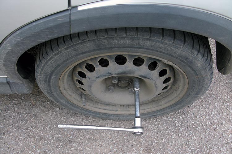 Wheel Removal - Un-doing the Wheel Nuts