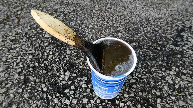 How to Repair a Driveway - Storing Your Brush When Painting With Bitumen