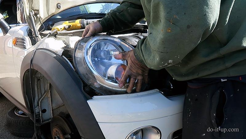Refitting the Mini Headlight